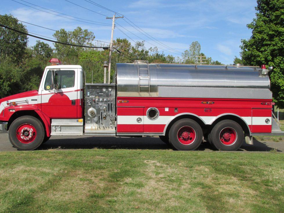 3000 Gallon Tanker