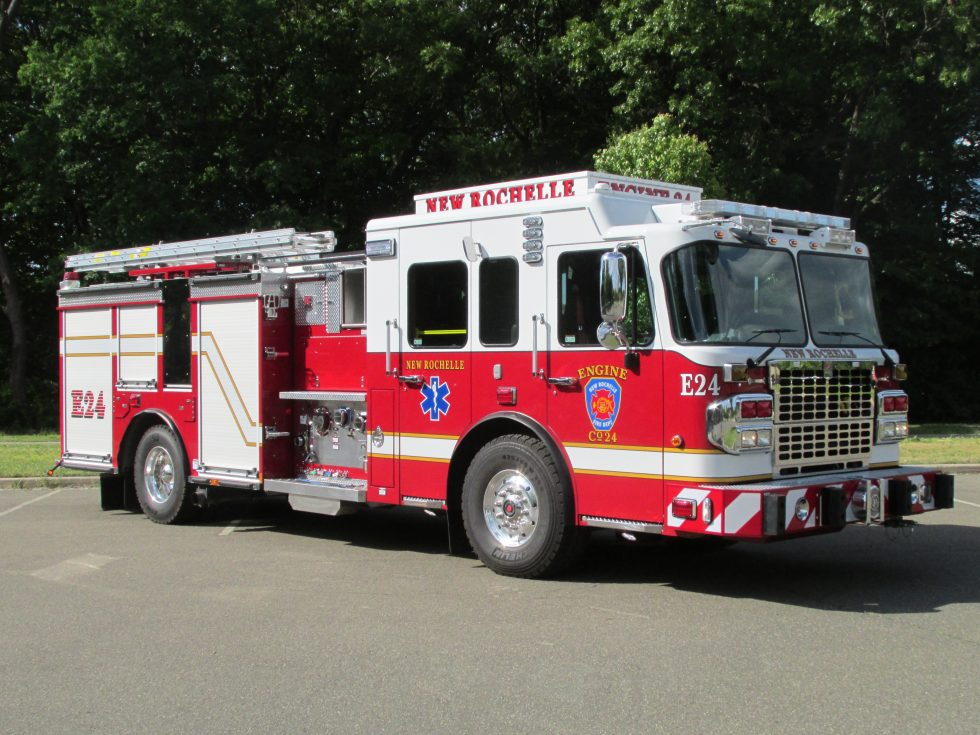 Side mount pumper on a Spartan Chassis