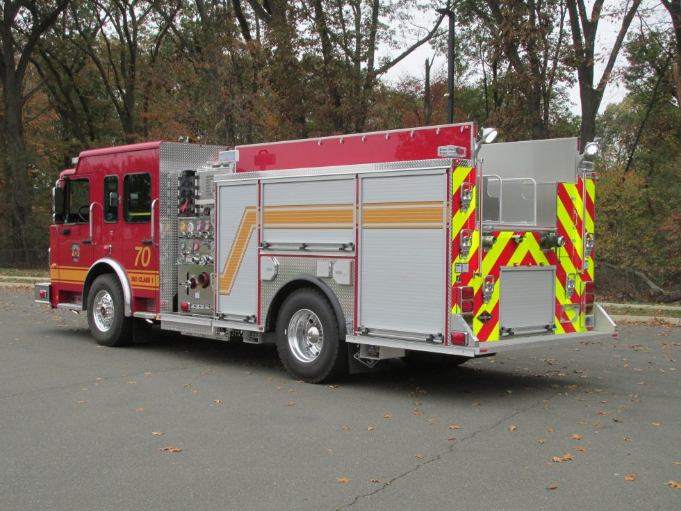Custom pumper on a Metro Star Chassis