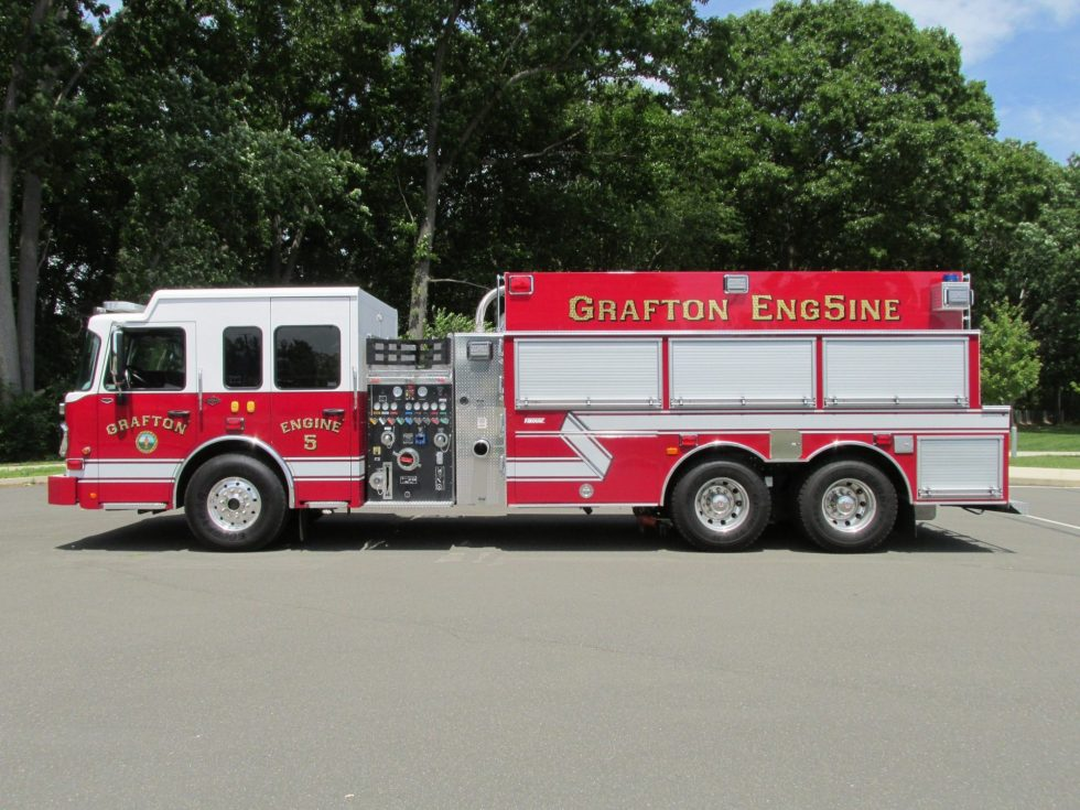 3000 Gallon Tanker on a Spartan Gladiator Chassis