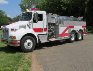 2500 Gallon Tanker on Kenworth T-300 Chassis